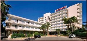 hotel oleander exterior